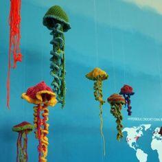 hyperbolic crochet jellyfish!!