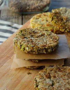 Veggie-burger of lentils and potatoes Vegan Burger Recipe Easy, Easy Healthy Recipes, Raw Food Recipes, Veggie Recipes, Healthy Cooking, Vegetarian Recipes, Easy Meals, Cooking Recipes, Dinner Recipes