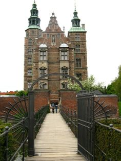 Rosenborg Castle Copenhagen, Denmark. Oh The Places You'll Go, Places To Travel, Kingdom Of Denmark, Baltic Cruise, Some Beautiful Images, European Vacation, Copenhagen Denmark, Great Memories, Castles