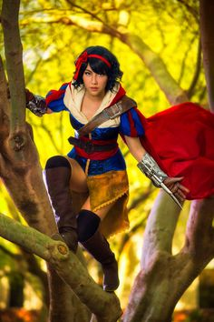 Disney Creed - Snow White Cosplay by Amie Lynn Photo by Martin Wong