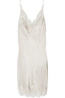 6e55449f4a903 Carine Gilson - Nacre lace-trimmed silk-satin chemise