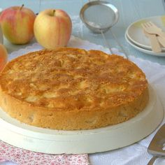 Torta di mele irlandese senza glutine Gluten Free Cakes, Carrot Cake, Camembert Cheese, Carrots, Bakery, Low Carb, Vegetarian, Sweets, Healthy