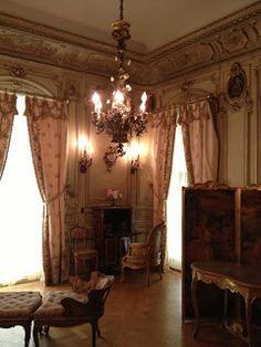 Vanderbilt Mansion, Hyde Park, NY. Mrs. Vanderbilt's bedroom