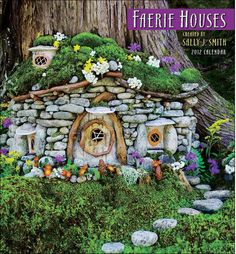 I love these little fairy villages...I should put one in for Payton...(LOL)