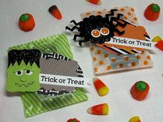 Set of 8 (eight) Halloween Trick or Treat Mini Bags and Tags