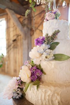 purple + blue floral cake | Leah Savage #wedding