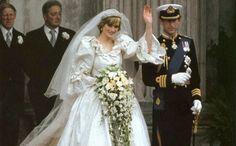 Het huwelijk van Charles en Diana is vandaag precies 34 jaar geleden. Een kleine terugblik. #royalwedding #charlesanddiana