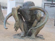 escultura+minotauro.jpg (1600×1200)