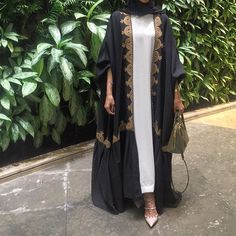 IG: By.Rema    IG: Beautiifulinblack    Modern Abaya Fashion   