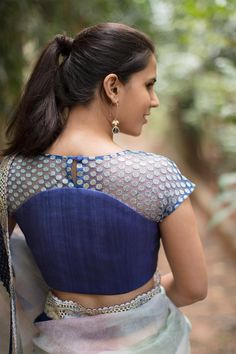 Diwali is around the corner and here is a list of 10 new high neck blouse designs. You can use these blouse as an inspiration to design your Diwali blouse Blouse Designs High Neck, Netted Blouse Designs, Simple Blouse Designs, Stylish Blouse Design, New Saree Blouse Designs, Blouse Styles, Sari Bluse, Net Blouses, Style Sportif