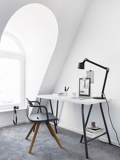 MD:What's your personal decorating philosophy? PH: I'm becoming more and more aware of my choices, whether in fashion, interior design, or other purchases in everyday life. We need to think...