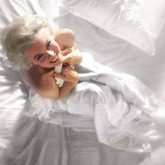 Marilyn Monroe Cuadros, Marilyn Monroe Decor, Marilyn Monroe Photos, Marilyn Monroe Brunette, Marylin Monroe, Gender Chart, Marilyn Monroe Diamonds, John Kennedy, Old Hollywood