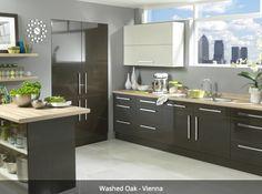 If sleek sophistication is your idea of kitchen heaven we have just the thing! #washedoakvienna #kitchensoxford #kitchensabingdon