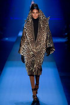 Jean Paul Gaultier Fall 2019 Couture Fashion Show Jean Paul Gaultier, Catwalk Fashion, Fashion Beauty, Fashion Show, Wild Fashion, Animal Print Outfits, Animal Prints, Leopard Prints, Mode Mantel