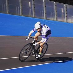 Black Line Sprinting International, prepare to perform with Road Cycling Bags, Accessories, Track Cycling Bags, Toe Straps and many more. Cycling Bag, Track Cycling, South Korea, Mtb, Bicycle, Bags, Handbags, Bicycle Kick, Taschen