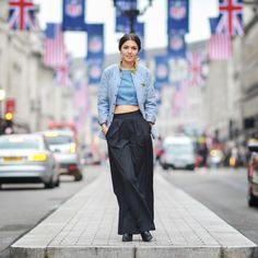 10 Things I learned during my first year in London  http://allabouttara.com/1-year-anniversary/ #allabouttara,com #London #londonliving #fashionblogger
