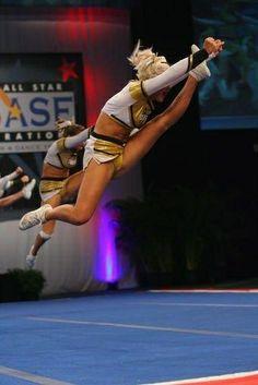 | Cheerleading Herky |