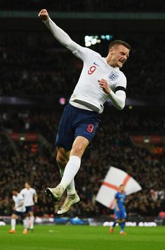 Jamie Vardy of England celebrates after scoring the opening goal against Italy
