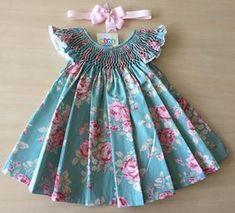 Baby Dress Design, Baby Girl Dress Patterns, Frock Design, Girls Dresses Sewing, Little Dresses, Little Girl Dresses, Baby Frocks Designs, Kids Frocks Design, Cotton Frocks For Girls