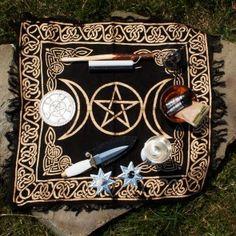 Triple Moon Altar Set