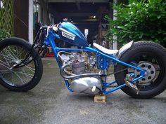 Any Triumph riders out there? - More at Choppertown.com Triumph Chopper, Triumph Bikes, Bobber Bikes, Bobber Motorcycle, Bobber Chopper, Moto Bike, Triumph Motorcycles, Custom Motorcycles, Custom Bikes