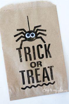DIY Halloween Treat Bags & Silhouette Portrait Promo & Giveaway