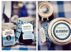 Love everything about this . packaging mason jars!