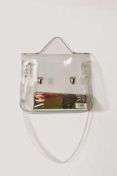 Urbanika Moda: El bolso transparente / Transparent bag