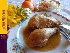 Pollo a la Naranja. Pollo tierno y jugoso cocinado a la perfección en naranja fresca y especias. Ingredientes, técnicas paso-a-paso y secretos para cocinar Pollo a la Naranja. Muy fácil de preparar, y una receta favorita de Jauja Cocina Mexicana para comidas y cenas con la familia. Exquisito! Buen provecho. https://www.youtube.com/user/JaujaCocinaMexicana Facebook https://www.facebook.com/JaujaCocinaMexicana Twitter https://twitter.com/JaujaCocinaMex