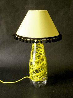 #Tutorial: come realizzare una #lampada da tavolo con una bottiglia di plastica. #lamp #craft #riciclocreativo