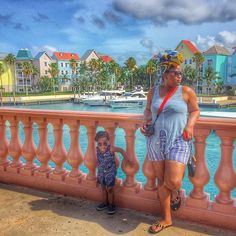 Stying' like mommy in #Nassau with @leosvoyage. // Travel Well #TravelFly!