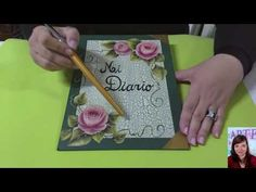 Secretos del #craquelado - Prof. Fernanda Valiente [Tutorial en Español - Subtitulado] - YouTube Tray, Simple, Dv, Youtube, Mix Media, Ideas Para, Country, Tejido, Craft Tutorials