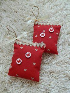 Christmas Stockings, Christmas Ornaments, Events, Album, Facebook, Holiday Decor, Home Decor, Needlepoint Christmas Stockings, Decoration Home