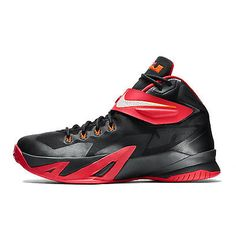 Nike Zoom Soldier VIII Mens 653641-016 Black Red Lebron Basketball Shoes Size 9