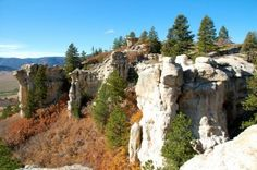 Spruce Mountain fall cliffs-Douglas County, Colorado
