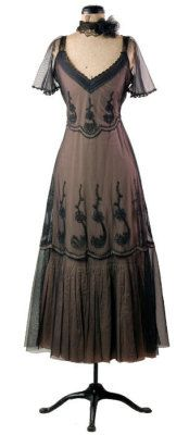 Rococo Dress - Plus size  another gorgeous look