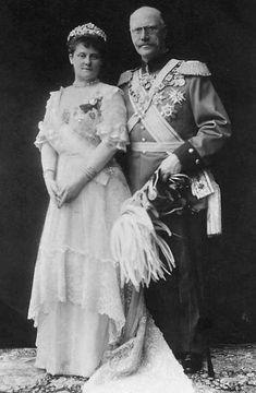 Prince Alfons (Alphonse) Maria Franz Clemens Maximilian de Bavière (1862-1933) et son épouse, née princesse Louise Victoire Marie Amélie Sophie d'Orléans (1869-1952)