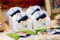 Tema de festa: Marinheiro de primeira viagem - Crescer | Caixinhas de lembrancinha recheadas de bala de leite