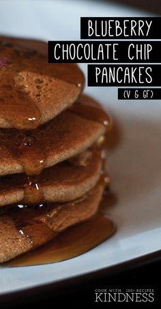 Blueberry Chocolate Chip Pancakes (Vegan & Gluten-free) | www.cookwithkindness.com