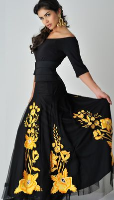 3b60190c3303 beautiful orange-gold   black . vintage collection Mexican Fashion Style