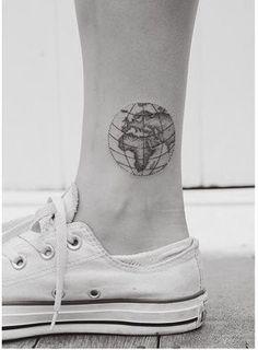 World map by hannah tiki tattoo, tattoo life, rn tattoo, flash tattoo, Tattoo Dotwork, Mädchen Tattoo, Tatoo Henna, Alien Tattoo, Tattoo Life, Back Tattoo, Tattoo Flash, Cute Ankle Tattoos, Cute Tattoos