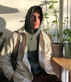 Fashion and streetwear inspiration Mode Streetwear, Streetwear Fashion, Streetwear Clothing, Mode Outfits, Trendy Outfits, Skater Outfits, Simple Outfits, Boy Fashion, Mens Fashion