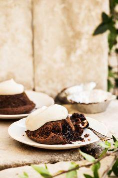 Minisuklaakakut grillissä | K-ruoka #grillaus Yams, Sweet Stuff, Panna Cotta, Sweet Treats, Cheesecake, Pie, Sweets, Cookies, Chocolate