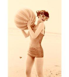 zooey deschanel in vintage beach costume