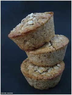 Oatmeal muffins. Thinking of making these tonight for tomorrow and the rest of the weekend!