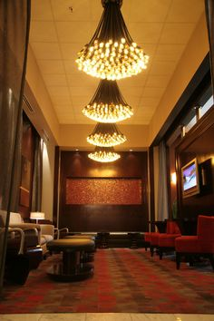 Hang out at the beautiful Chat Room after your meeting - Platinum Hotel - Las Vegas