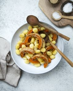 Simple but tasty combination of pumpkin & gnocchis. http://www.jotainmaukasta.fi/2016/12/12/kurpitsaa-ja-gnoccheja/