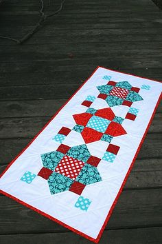 Table runner and links to other great tutorials