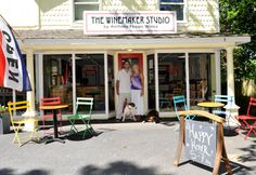 The Winemaker Studio by Anthony Nappa Wines is a cooperative tasting room in Peconic New York, featuring Long Island winemakers and their current releases for tasting and for purchase