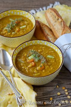 Slow Cooker Split Pea Soup: hearty, healthy and nourishing in just two hours.
